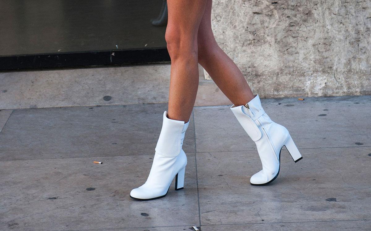 Ok, vamos falar sobre usar bota branca!