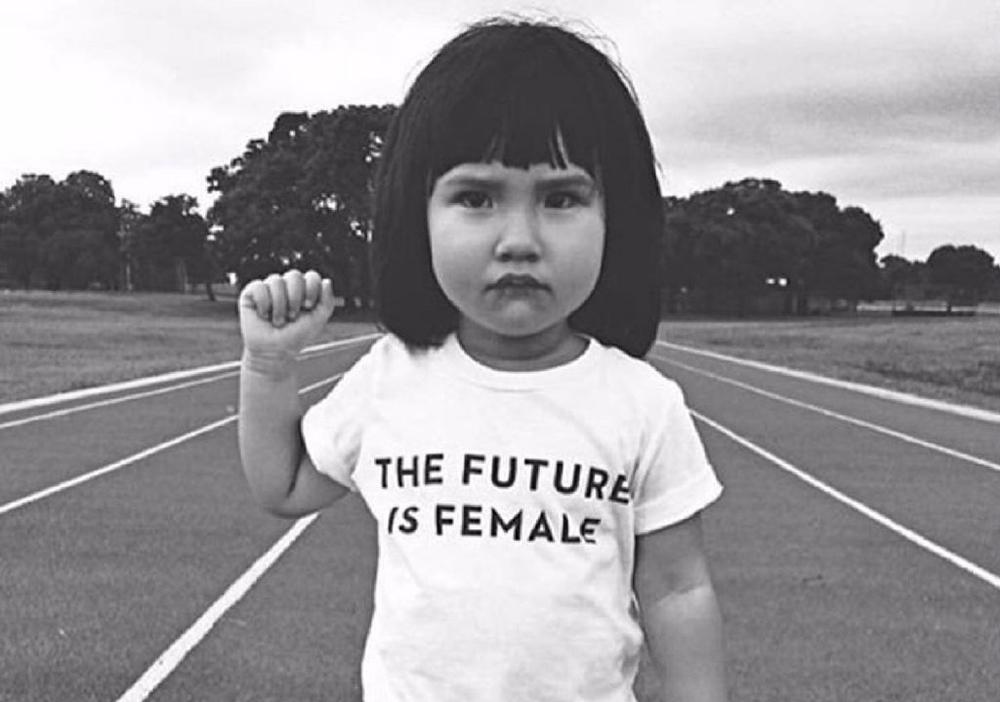 Quando você ensina poder a uma menina, você ensina toda uma geração!